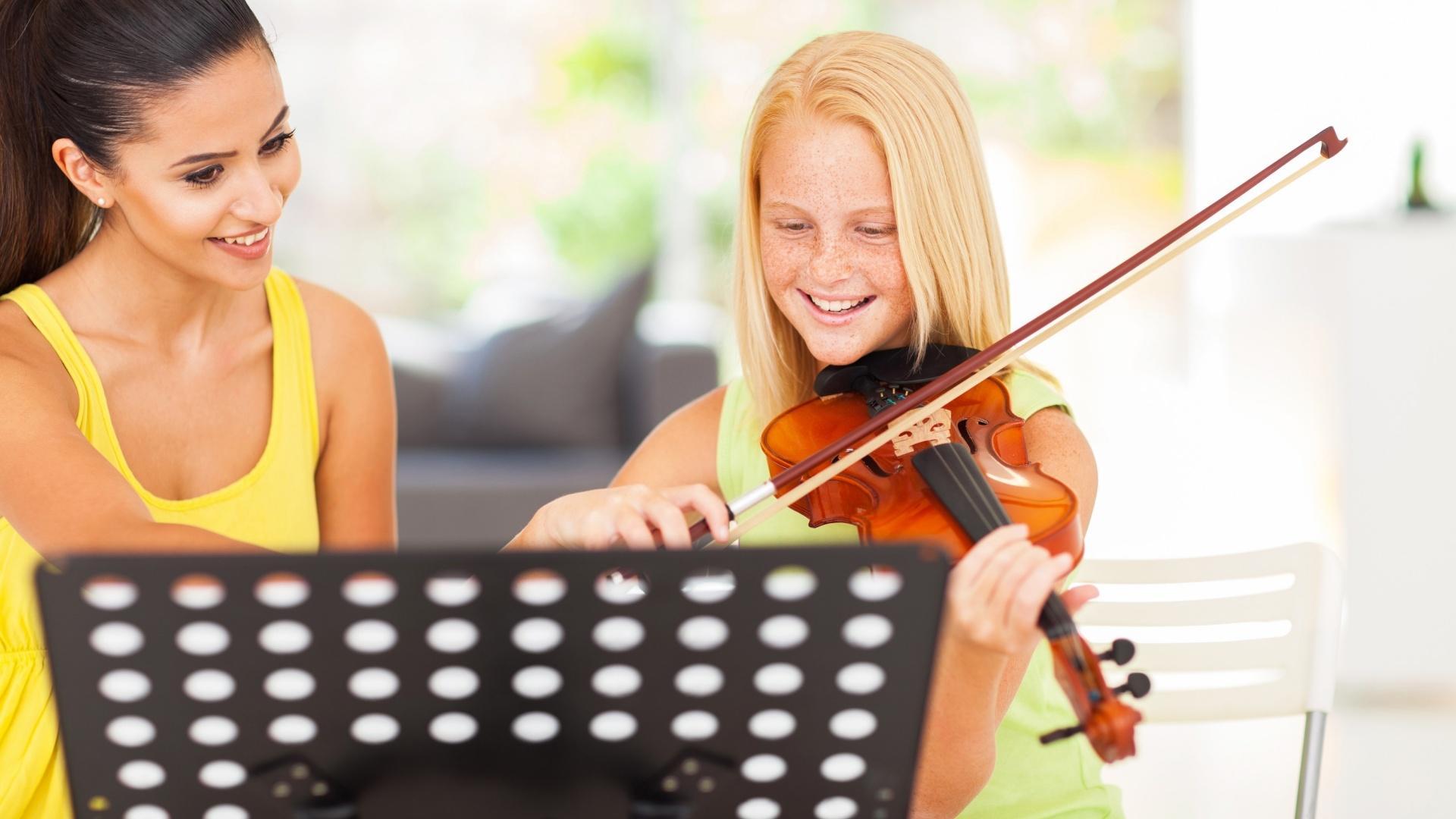 Violin, Fiddle, Viola & Cello Lessons - Surrey / White Rock